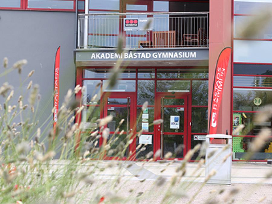 Akademi Båstad Gymnasium håller digitalt öppet hus